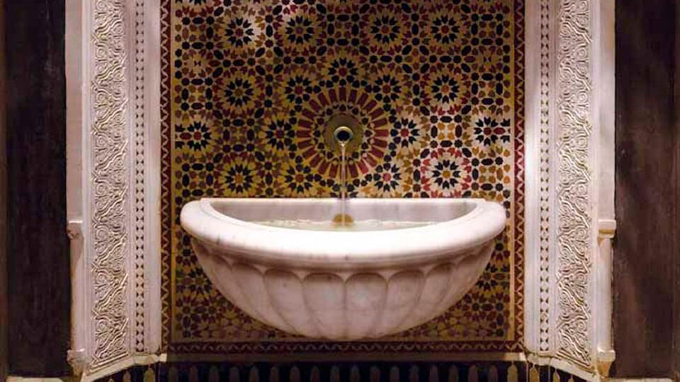 papel de parede para banheiro - arabesco
