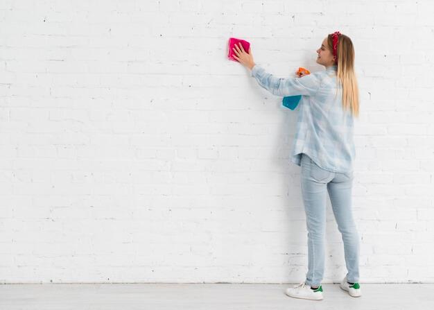 como limpar papel de parede